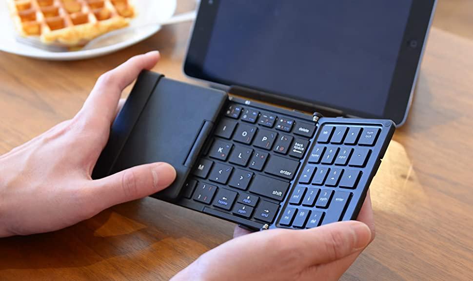 3E テンキー付き・折りたたみ式Bluetoothキーボード2